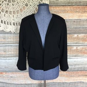 Vince Camuto Classy Office Wear Cropped Blazer
